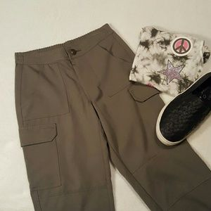 Justice size 8 - 6 pocket cargo pants